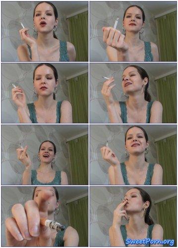 Lady Suzanne – Smoke