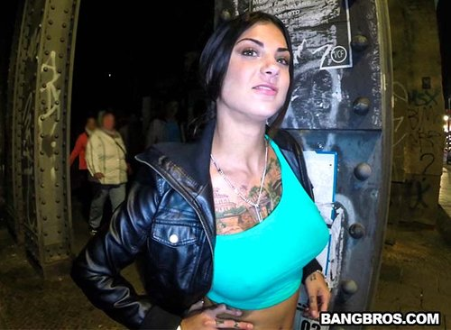 Motherfuckign Bonnie Rotten! This babe is a sex machine! She has an amazing body