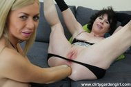 Dirtygardengirl, Isabella Clark fisted, double anal fisted!