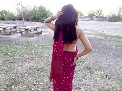 saree back sex