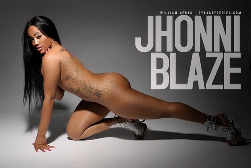 Jhonni blaze plays with dildo full