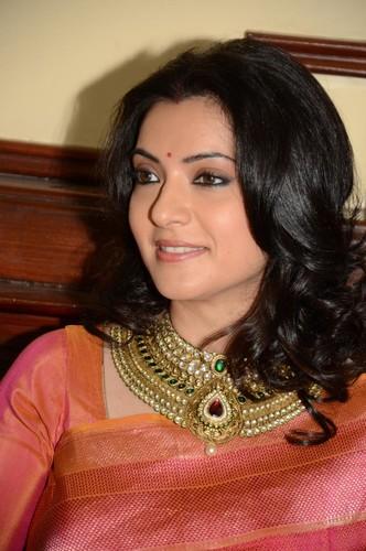 Arpita Chatterjee hot scene